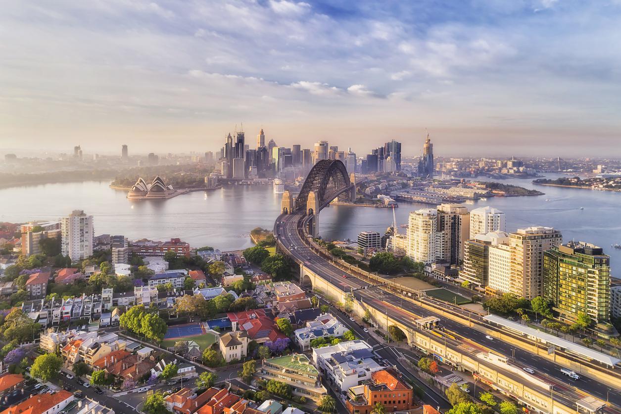 Obtenir un visa de travail pour l'Australie et partir à Sydney.